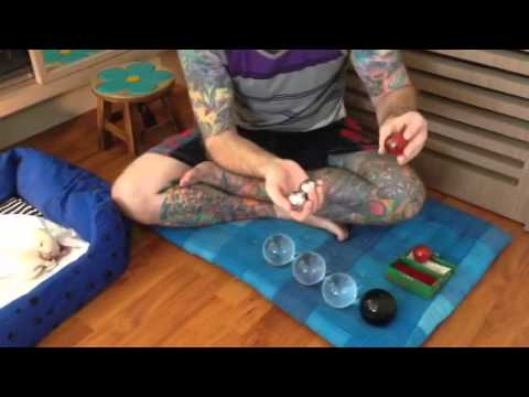 Video Happy hands therapy Baoding balls