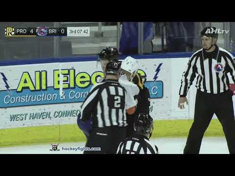 Seth Helgeson vs. Brendan Woods