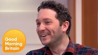 Comedian Jon Richardson Attempts to Pour the Perfect Christmas Pint | Good Morning Britain
