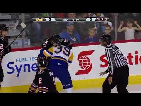 Jackson van de Leest vs. Riley McKay