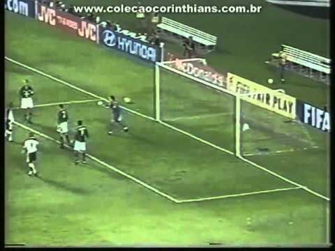 Corinthians venceu Raja Casablanca no Mundial de 2000