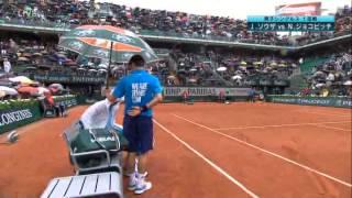 2014全仏オープンテニスジョコジョコビッチとボールパーソンとの一コマNovakDjokovic