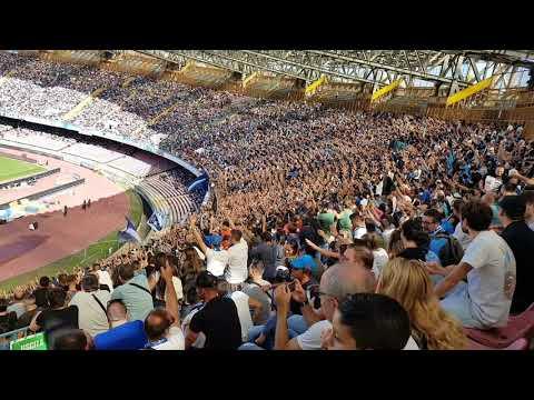 Tifo Curva A in Napoli-Benevento 6-0 1709/2017!