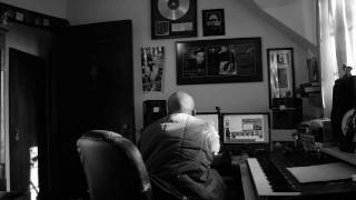 Behind the Scenes - Rip in the studio with certified Gold Producer DJ Pain 1