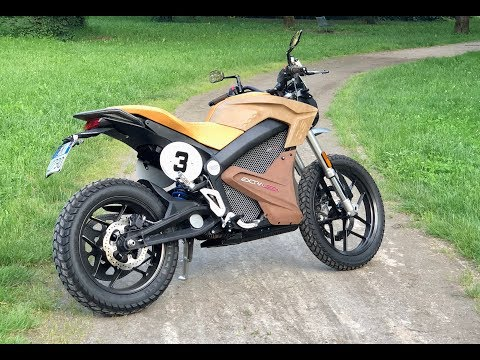 My first time riding an electric motorcycle – Zero DS