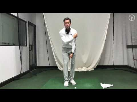 Weak Grip vs Strong Grip in the Golf Swing