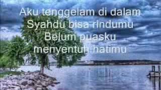 Download lagu Exist Nota Dilautan Sepi Mp3