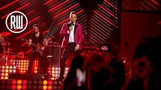 Robbie Williams   Sensational   BRITs Icon Award Show