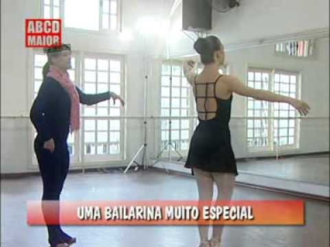 Watch video Sindrome di Down: Bailarina Aline Favaro