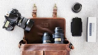 What's In My CAMERA BAG For Engagement Shoots?!