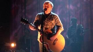 Kurt Nilsen - Here she comes (live in Skien).MP4
