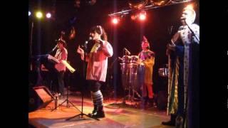 Carnaval popular en el pabellón con la Orquesta Solimar