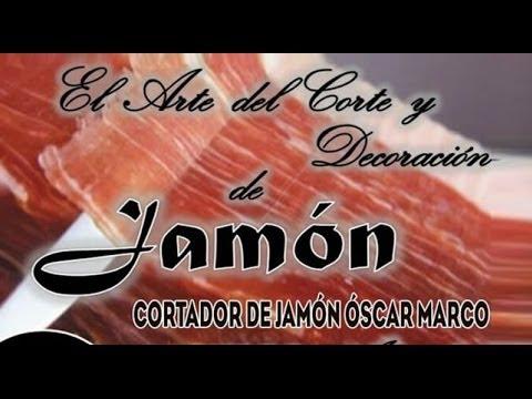 El Maestro Oscar Marco enseña los secretos en el corte del jamón