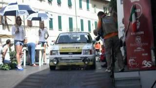 preview picture of video 'Tuscan Rewind 2012 Partenza prima giornata Parte 6'