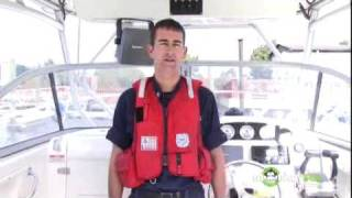 How to Operate a Boat Safely