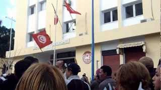 preview picture of video 'UGTT Bizerte le 14 Janvier 2011.wmv'