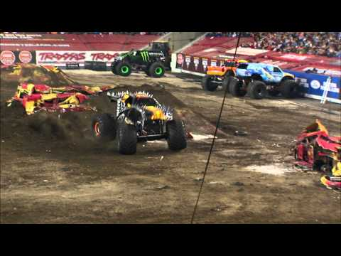 Monster Jam - Max-D Freestyle from Tampa, FL - Feb 2, 2013