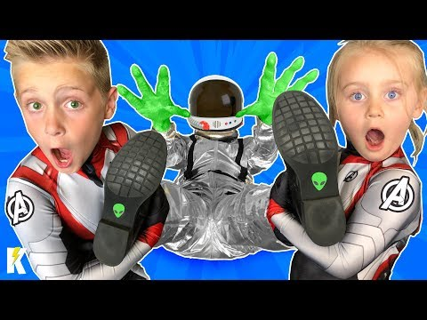 Kids Catch the ALIEN! Avengers Endgame Nerf Battle to Save the World | KIDCITY