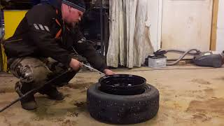 Boost Hooligans - Stretch tire mounting with fire
