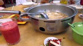 preview picture of video 'Hokkien Meal, Teow Chew Meng Restaurant, SS2, Petaling Jaya'