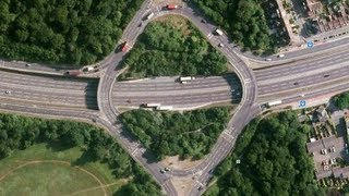 preview picture of video 'Wanstead Practical Test Routes - Waterworks Roundabout'