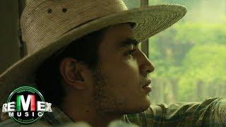 Banda Tierra Sagrada - El Corrido de Gabino ft. Marco Flores (Video Oficial)