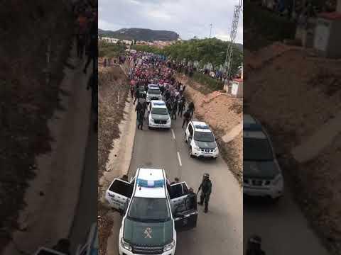 La població de Mont-roig del Camp fa fora la Guàrdia Civil