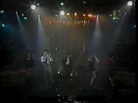 Tu Me Vuelves Loco (Live featuring Diego, Eduardo & Erik) - Timbiriche