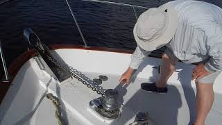 Anchor free fall, learn how to use your capstan clutch