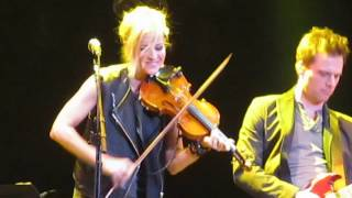 Dixie Chicks - Mississippi (Live in London, England)