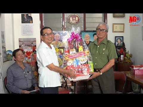 Thăm, tặng quà các gia đình, cán bộ tiêu biểu tham gia cuộc Tổng tiến công và nổi dậy Xuân Mậu Thân