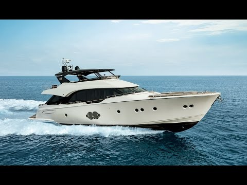 Monte Carlo Yachts MCY 80 video