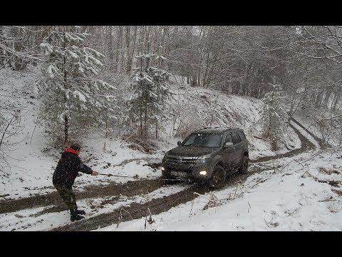 И грязь, и снег, и горы... - но почему не едет Ховер?