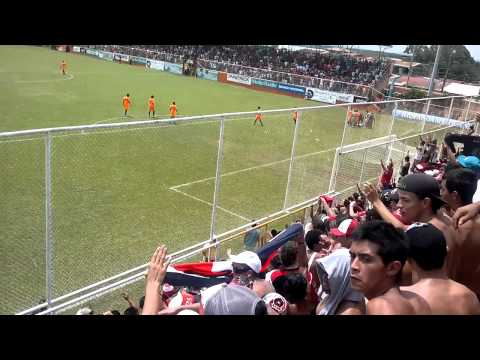 """""""La 12 Alajuelense En El Puerto, Penal De Garcia (16/09/2012) Alta Definicion"""" Barra: La 12 • Club: Alajuelense"""