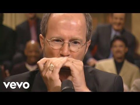 באדי גרין מרהיב לנגן על מפוחית