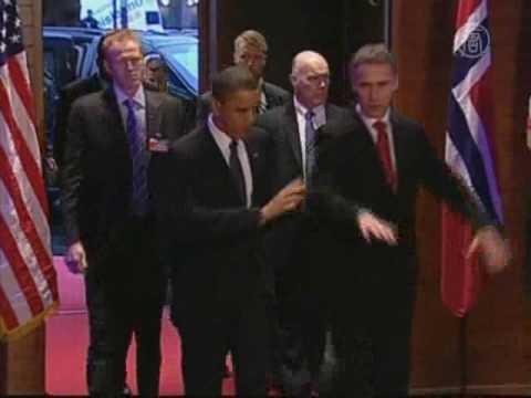 Обама получил в Осло Нобелевскую премию мира