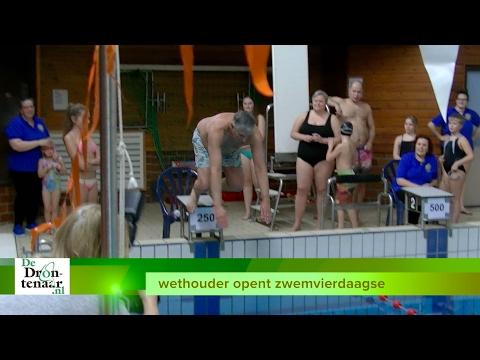 VIDEO | Wethouder opent zwemvierdaagse Dronten met onvervalste platte duik
