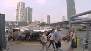 2015-03-29 Waiting for the ferry, Bangkok