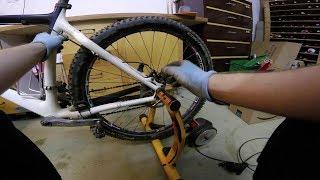 Mountainbike auf Rollentrainer benutzen (Elite Crono Mag Elastogel)