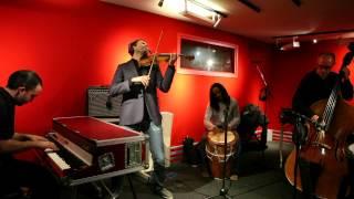 Jasser Haj YOUSSEF violoniste était en  concert d'improvisation en mars dernier à l'auditori