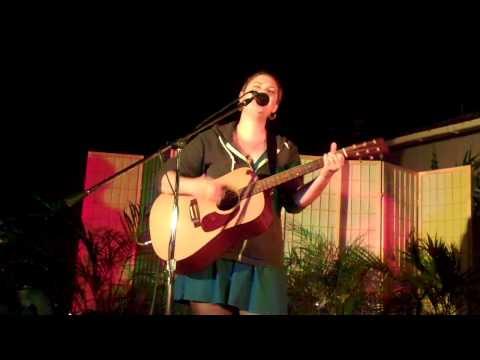 Juliana Finch - House of the Rising Sun (Traditional cover) - 11/5/2011 - Music Under the Moss