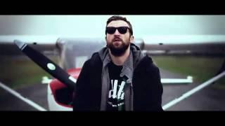 Dargen D'Amico   ODIO VOLARE (feat. Daniele Vit)   HD   Dargendamico.it   YouTube.mp4