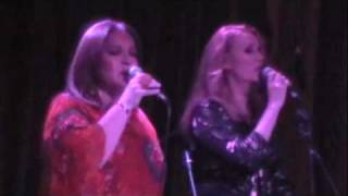 Pilar de la Hoz & Elsa Maria Elejalde – Medley