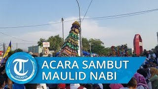 Keseruan Tangerang Menyambut Maulid Nabi, Rebutan Makanan di Gunungan