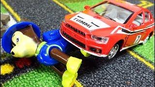 Щенячий Патруль и гоночная машинка - Мультики с игрушками для малышей - Paw patrol Toys