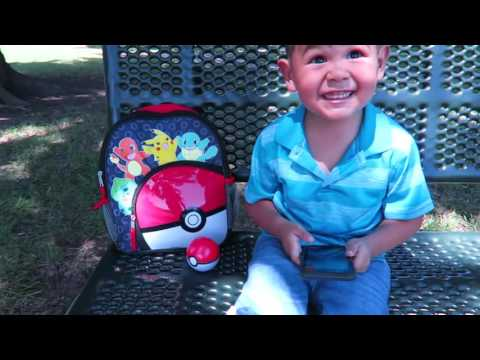 POKEMON GO IN REAL LIFE!  HOW TO CATCH PIKACHU IN POKEMON GO