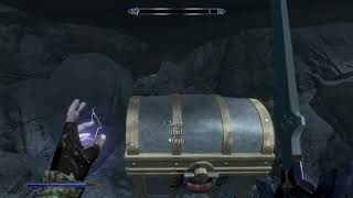 Skyrim on Switch - Silly Chest Physics