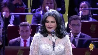 تحميل اغاني أحلام - من أكون | حفل فنانة العرب في دبي اوبرا MP3