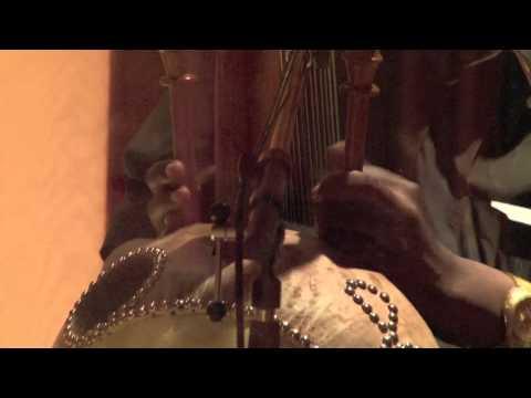 KORA JAZZ BAND - Oye Como Va online metal music video by KORA JAZZ TRIO