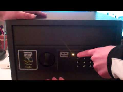 Unboxing Video of Bunker Hill Safes Electronic Digital Safe